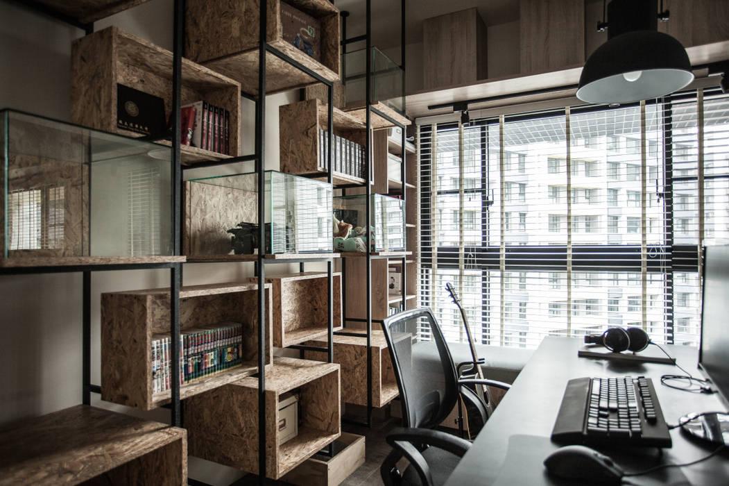 竹東 PC House:  書房/辦公室 by 丰墨設計 | Formo design studio, 工業風