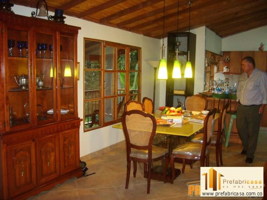 Casas prefabricadas Cali Comedores de estilo clásico de PREFABRICASA Clásico