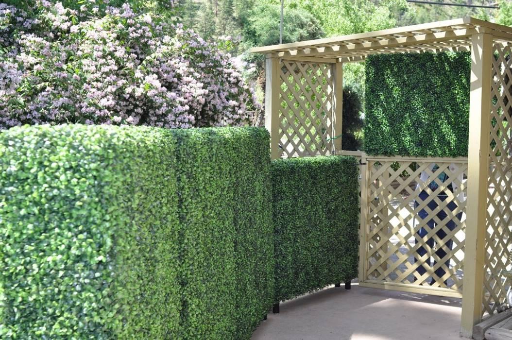 Artificial hedges for garden decorative:  Garden by Sunwing Industries Ltd,