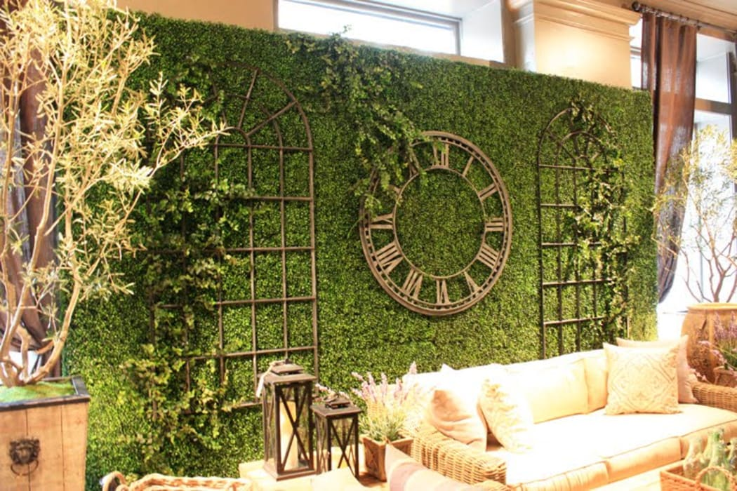 Artificial boxwood hedges for backdrop wall Country style bars & clubs by Sunwing Industrial Co., Ltd. Country Plastic