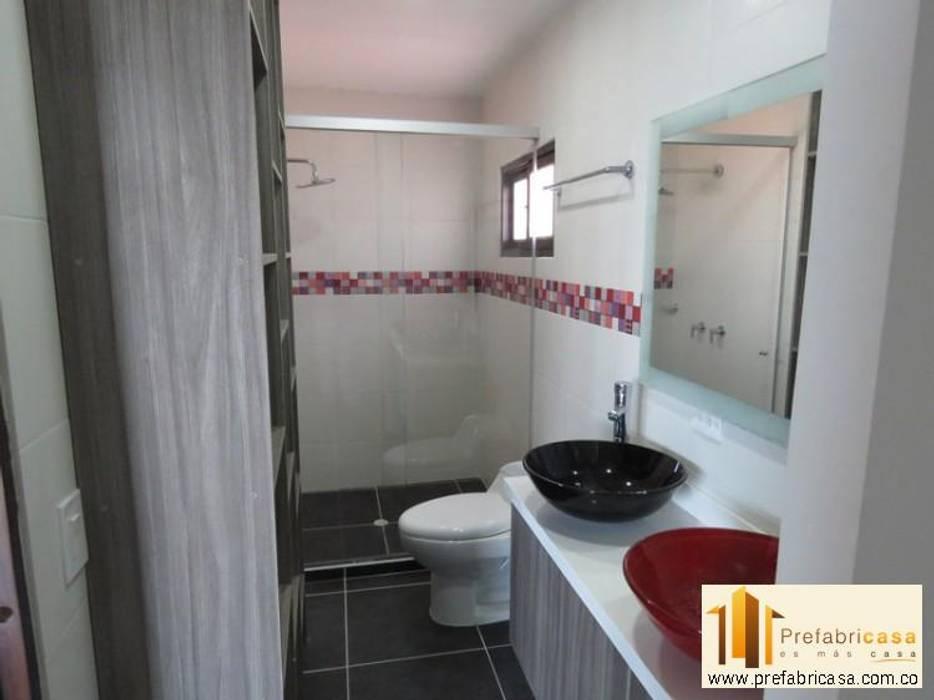 Badezimmer von PREFABRICASA ,