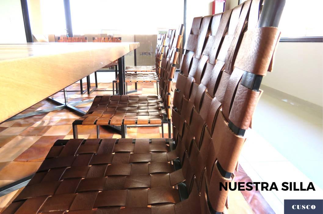 Sillas de cuero entrelazado con estructura metálica de Cusco Custom Cuero Minimalista Cuero Gris
