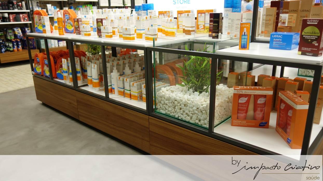 Chemist Store - Olivais Espaços comerciais modernos por Impacto Criativo Moderno