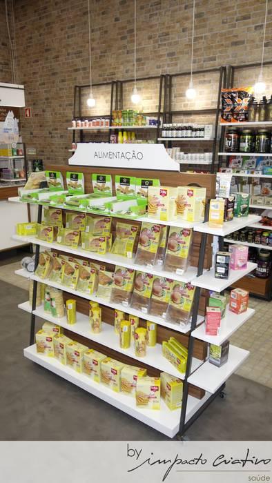 Chemist Store - Olivais: Espaços comerciais  por Impacto Criativo,