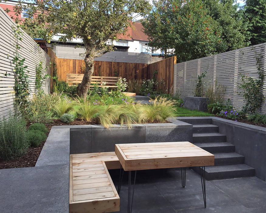 Garden by Tom Massey Landscape & Garden Design, Modern Concrete