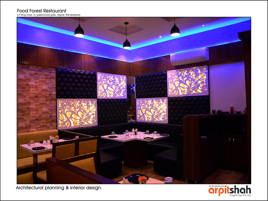 Food Forest Restaurant @ Ognaj Architectural Planning & Interior Design by ARPIT SHAH PROJECTS OPC PVT LTD. Classic