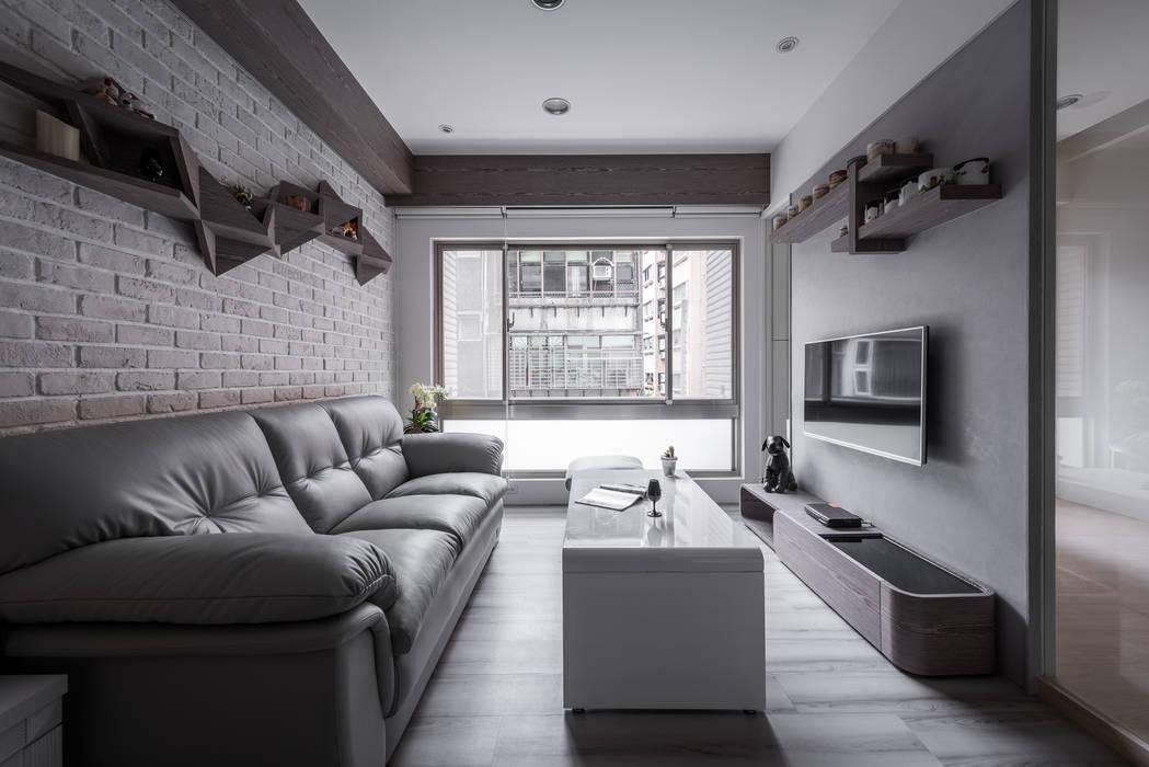 空間運用 现代客厅設計點子、靈感 & 圖片 根據 你你空間設計 現代風