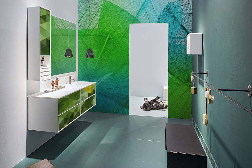 GREENY AND JUICY:  Bathroom by Pixers,