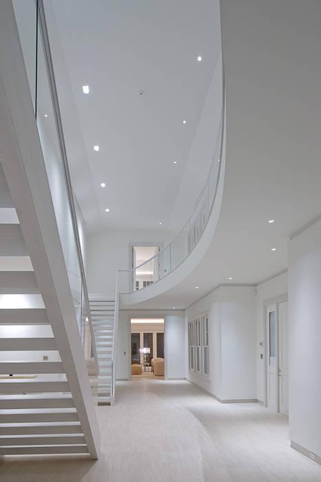 SA-DA Architecture راهرو مدرن، راهرو و راه پله