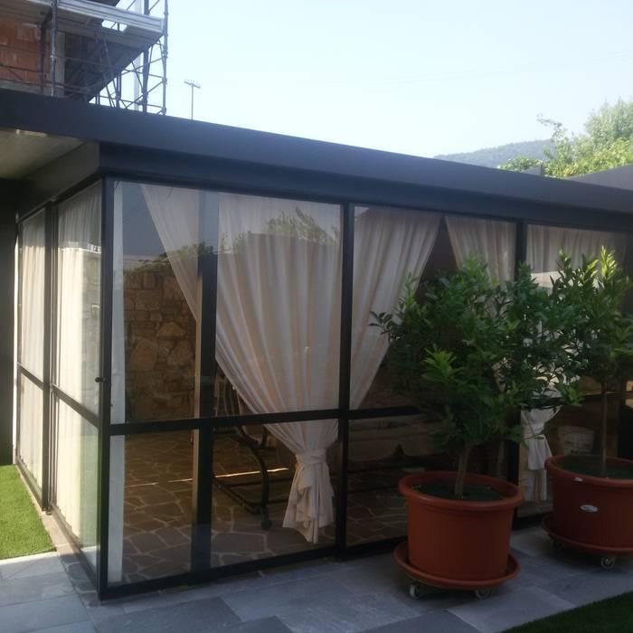 Giardino d'inverno: Giardino in stile in stile Classico di zinesi design