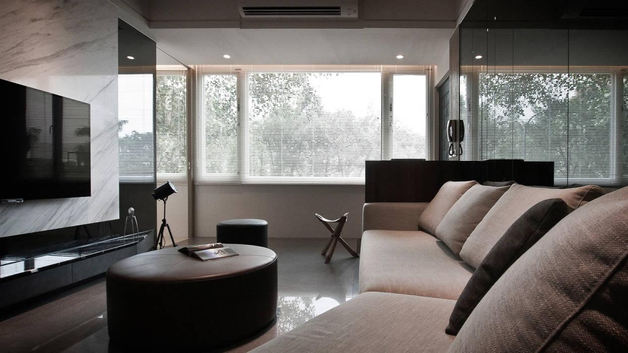 BRAVO INTERIOR DESIGN & DECO JIA STYLE 现代客厅設計點子、靈感 & 圖片 根據 璞碩室內裝修設計工程有限公司 現代風