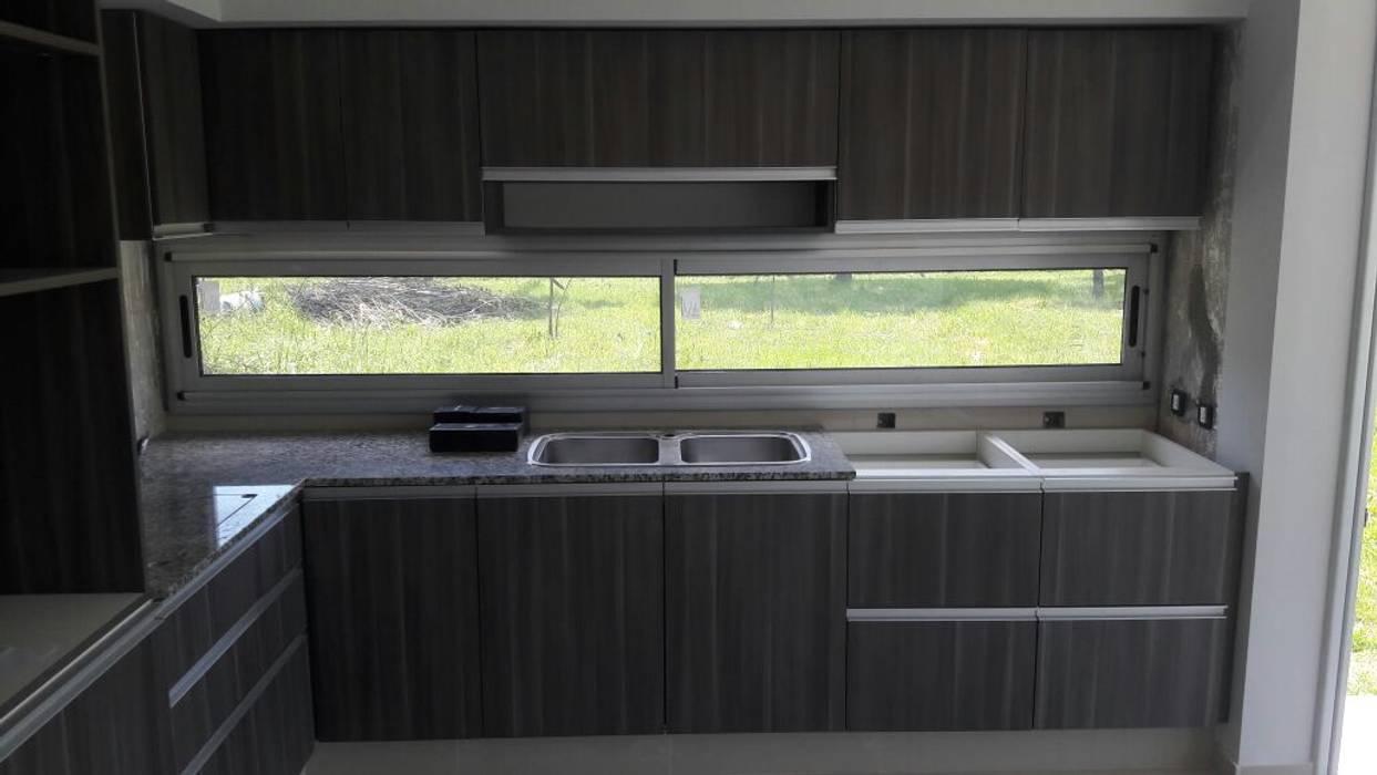 Detalles Cocinas minimalistas de homify Minimalista Derivados de madera Transparente
