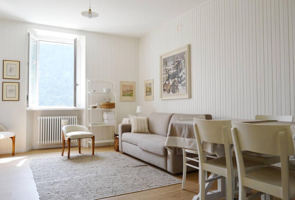 Scandinavian style living room by giorgio davide manzoni Scandinavian