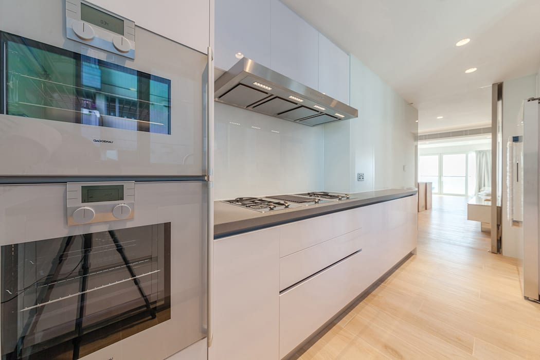 Minimalist kitchen by arctitudesign Minimalist MDF