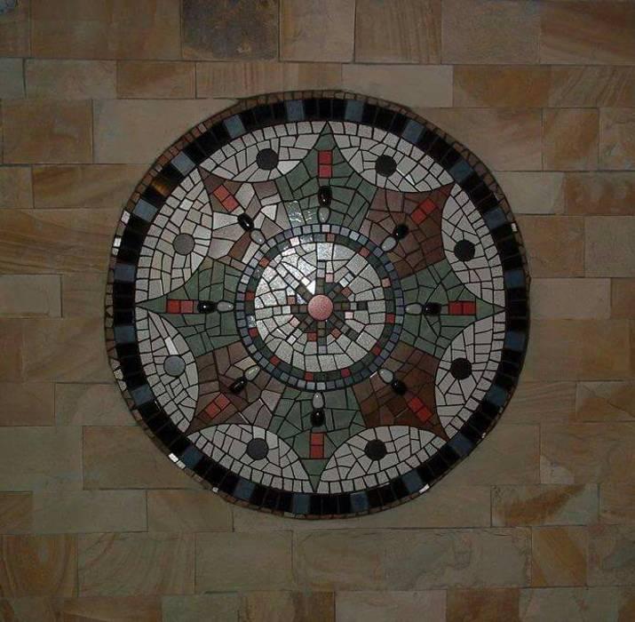 Mandala pared: Paredes de estilo  por sueños en mosaico