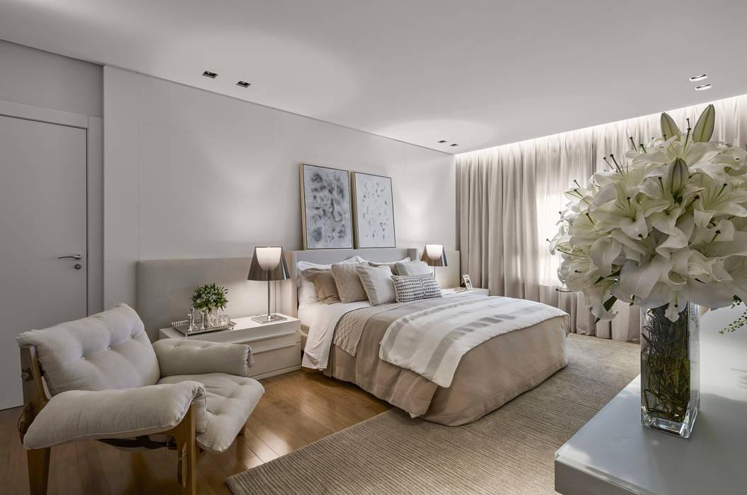 Recámaras de estilo  por Alessandra Contigli Arquitetura e Interiores