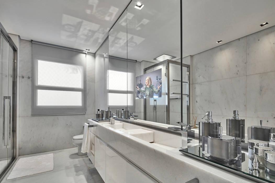 Banho master Banheiros modernos por Alessandra Contigli Arquitetura e Interiores Moderno