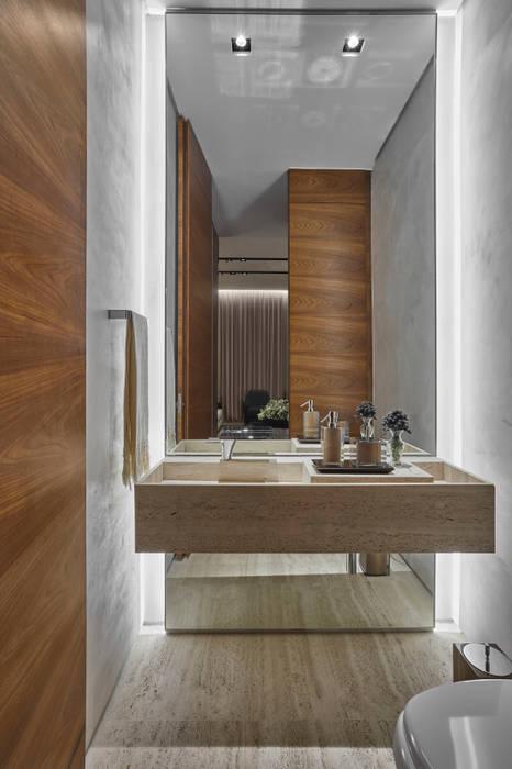 モダンスタイルの お風呂 の Alessandra Contigli Arquitetura e Interiores モダン