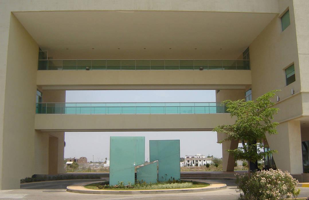 Дома в стиле модерн от MAC Arquitectos Consultores Модерн