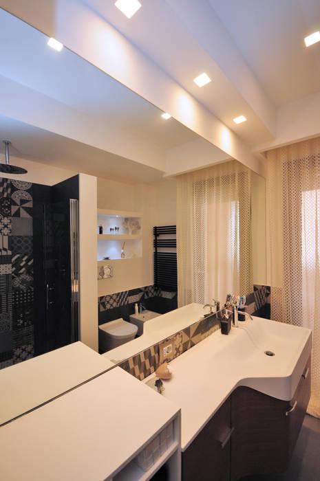 Bagno Bathroom Baños de estilo moderno de Fabiola Ferrarello architetto Moderno Azulejos