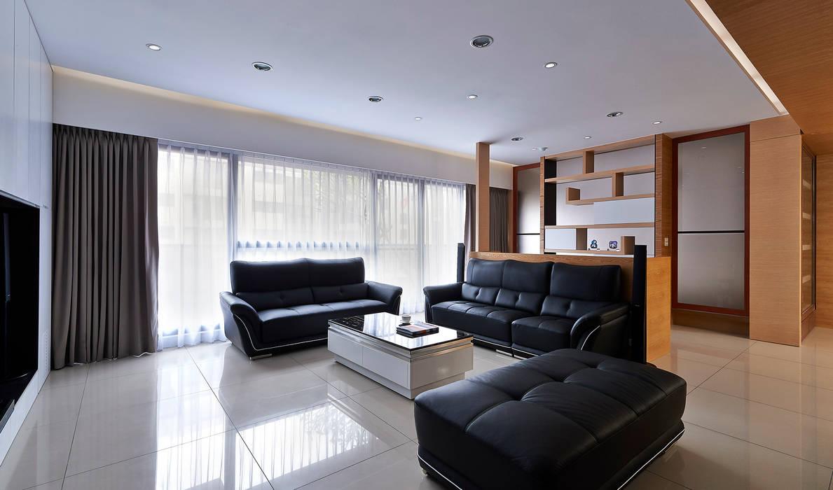 小坪數多元木活躍休閒風 瓦悅設計有限公司 现代客厅設計點子、靈感 & 圖片