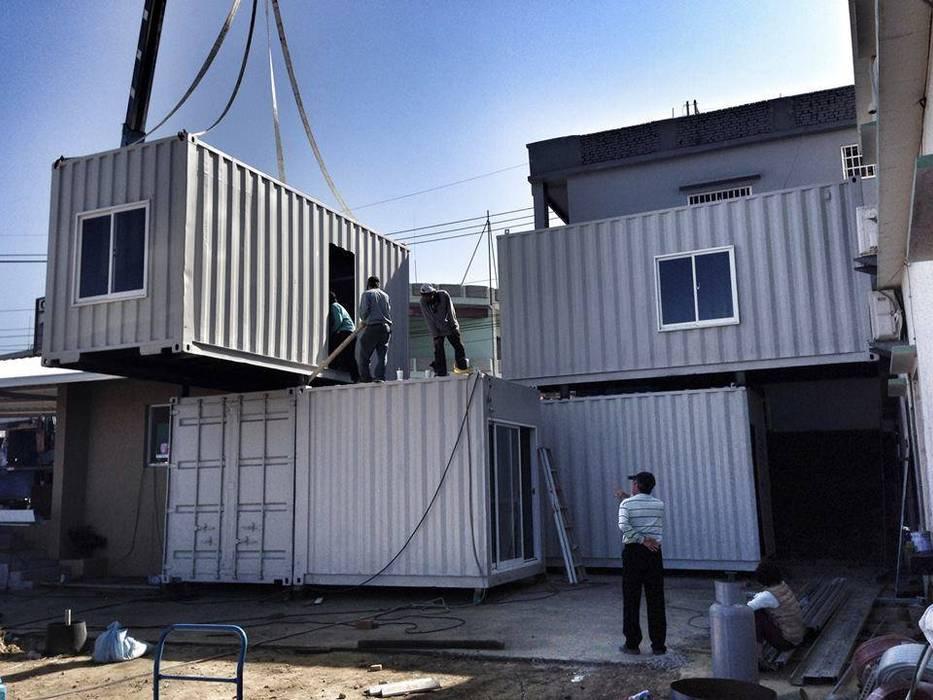 Hoteles de estilo ecléctico de 貳工箱造 H2 Box Design Ecléctico