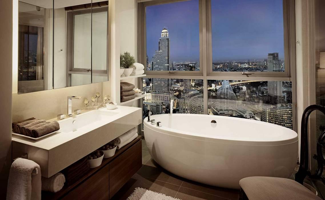 The River:  Bathroom by HB Design Pte Ltd,
