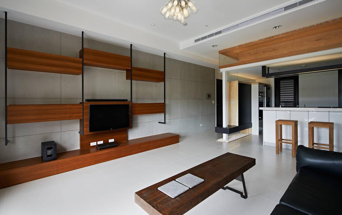 Phòng khách theo 瓦悅設計有限公司, Tối giản