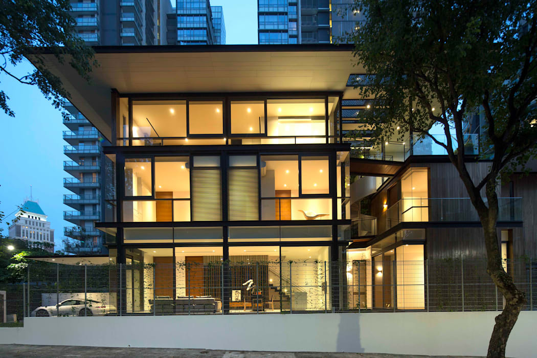 Houses by AR43 Architects Pte Ltd, Modern