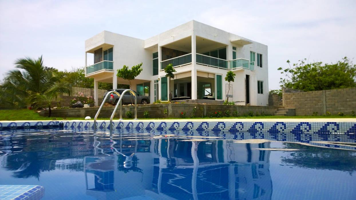 CASA TM: Casas de estilo minimalista por DINÁMICA ARQUITECTURA