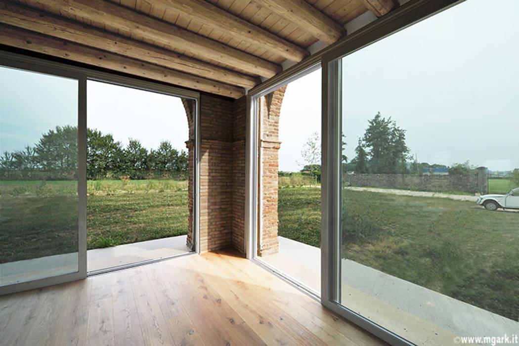 Fenêtres & Portes modernes par michele gambato architetto, mgark Moderne