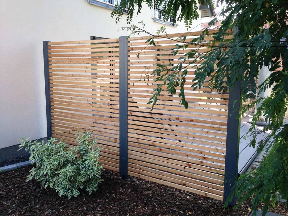 Design Sichtschutz Zäune: Moderner Garten Von Stahlzart®