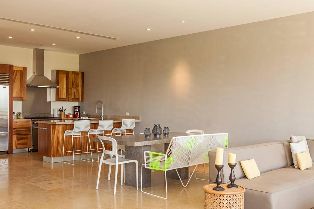 Dining room by MORADA CUATRO, Modern