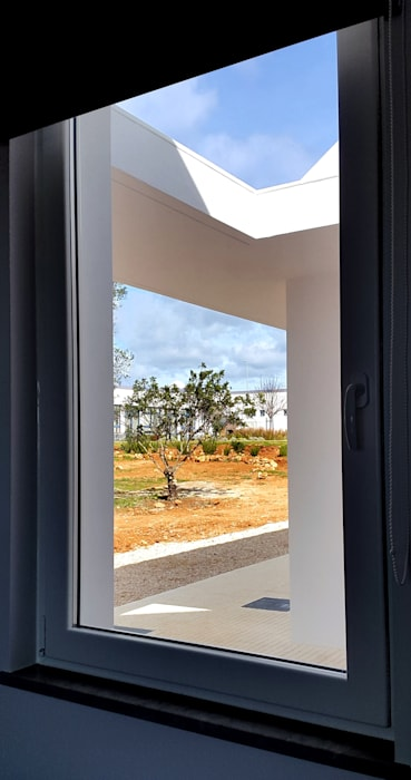 Modern study/office by Catarina Semião Modern