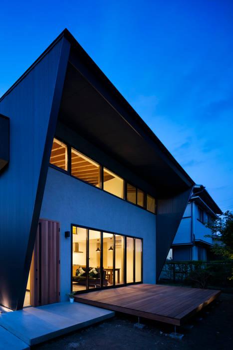 房子 by  井上久実設計室, 隨意取材風