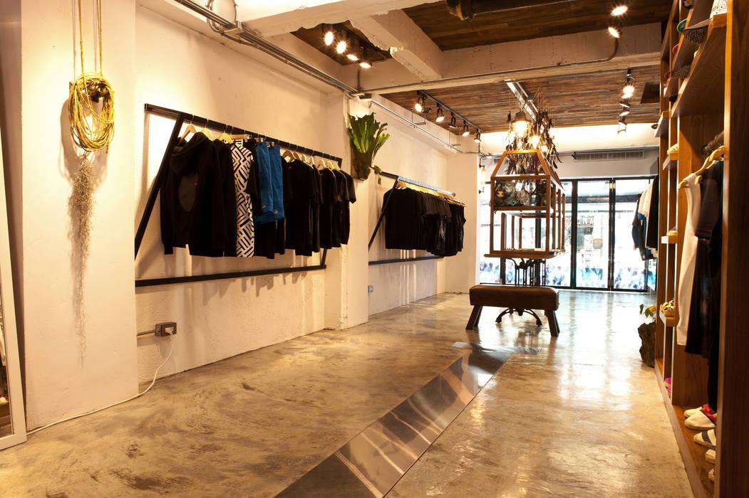 吳克羣DEBRAND品牌旗艦店 根據 光島室內設計 工業風