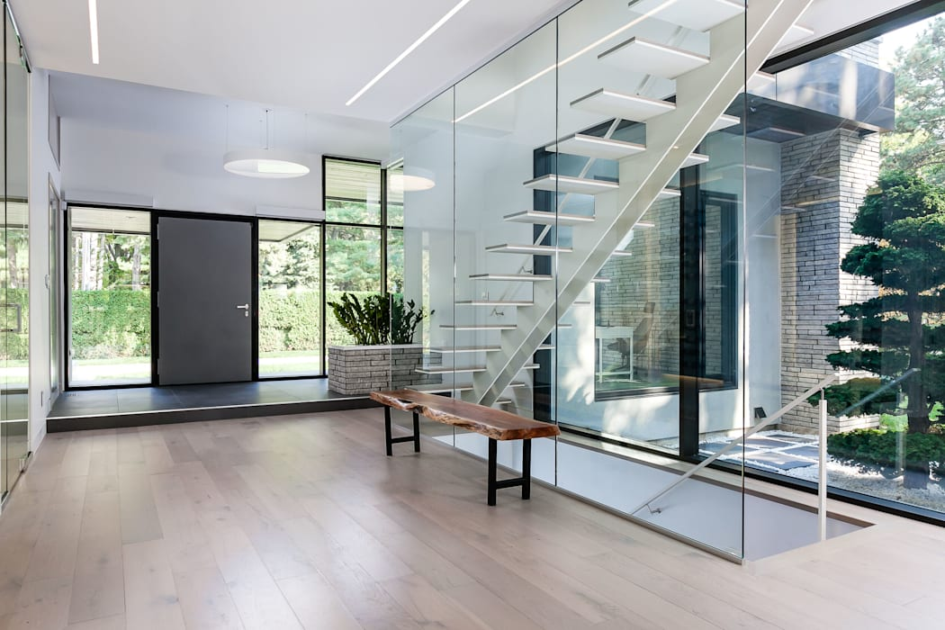 New Build-Staging Modern Corridor, Hallway and Staircase by Frahm Interiors Modern