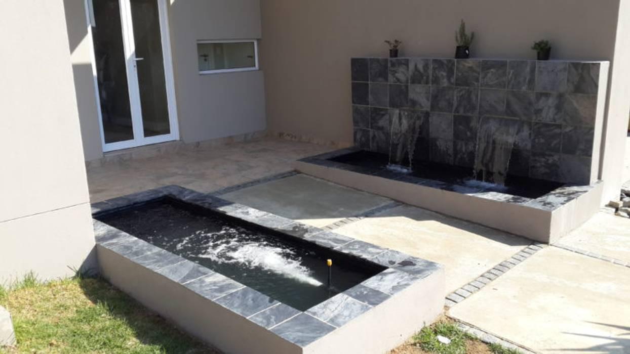 New Double Pond – Cedar Creek Estate:  Garden by Isivande fish ponds,