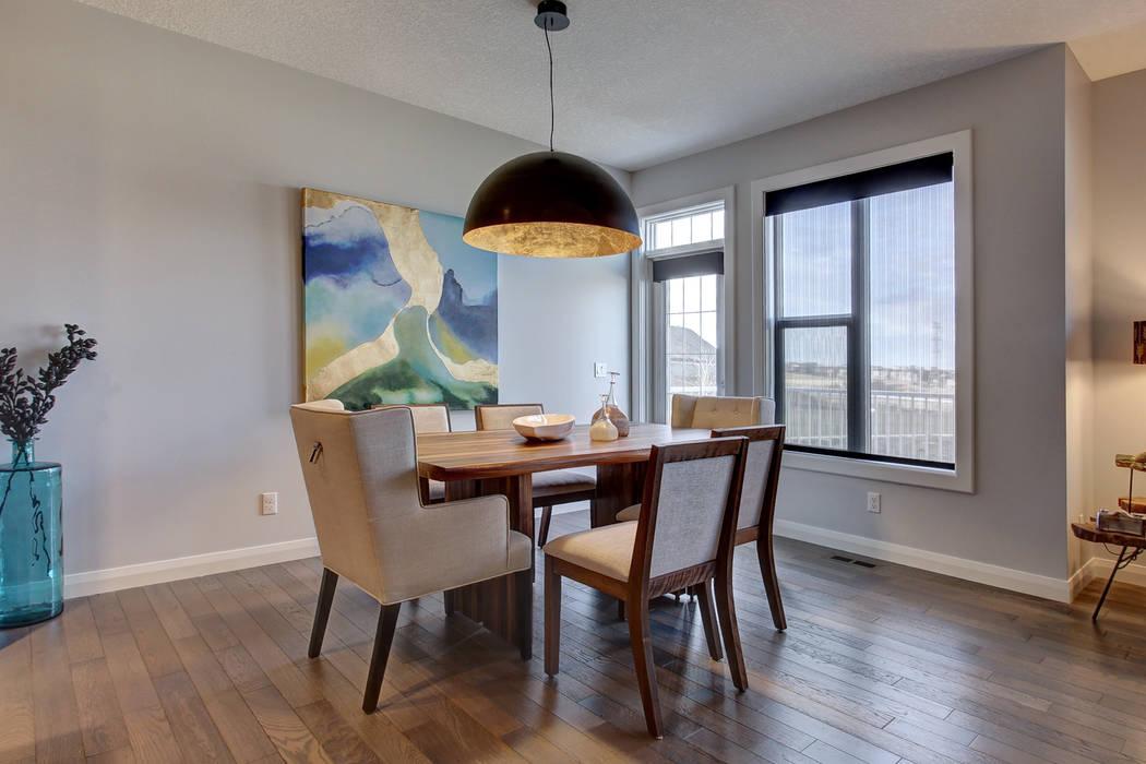 354 Sherwood Blvd Modern dining room by Sonata Design Modern