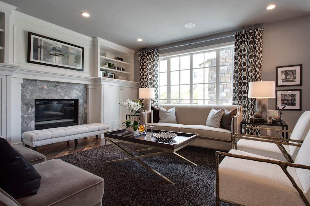 12 Tommy Prince Road SW:  Living room by Sonata Design,Modern