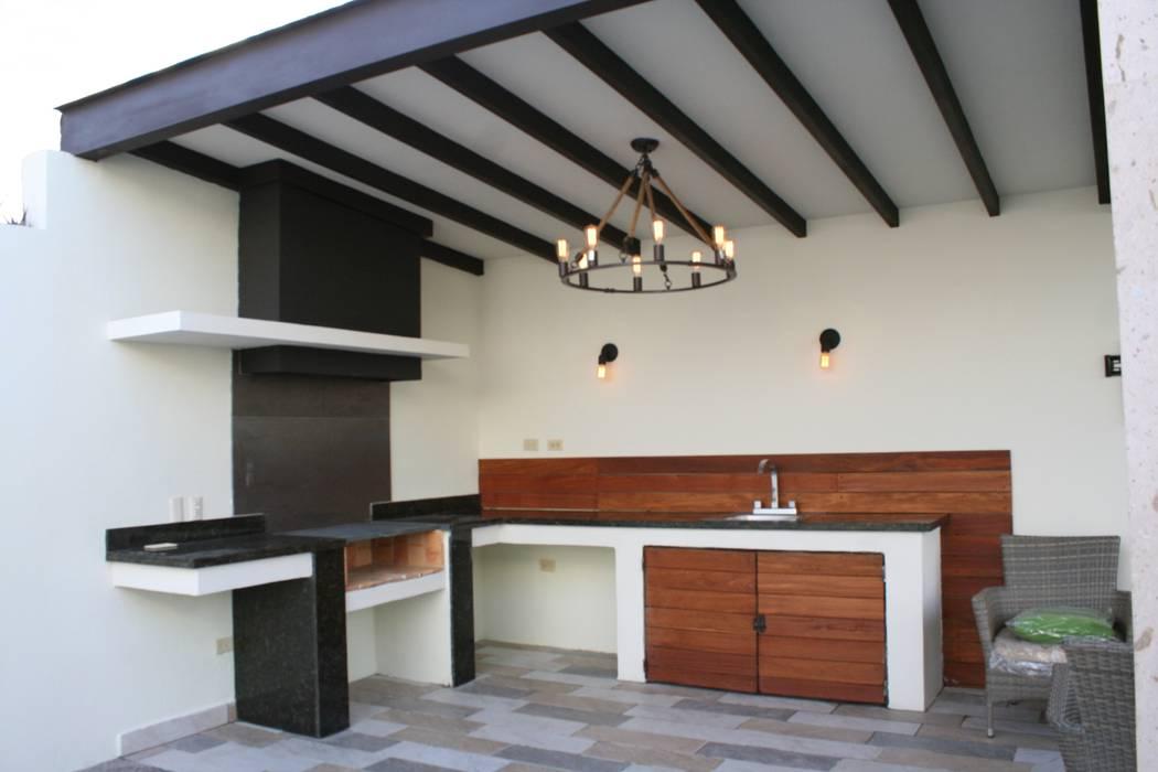 Asador barra terrazas de estilo por daniel teyechea for Disenos de quinchos con piscinas