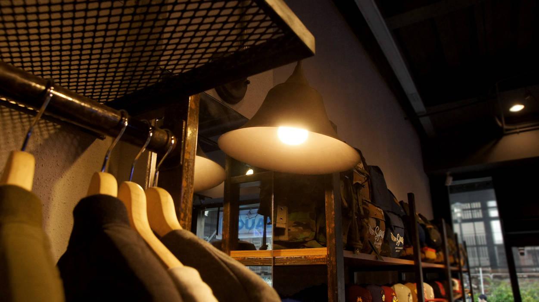 業風服飾店設計 - 台中一中街 根據 光島室內設計 工業風