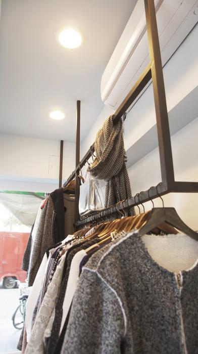 韓系街邊服飾小店 根據 光島室內設計 簡約風