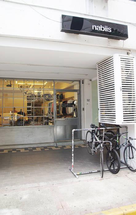 美式單車品牌 . 服飾店Nabiis :  辦公室&店面 by 光島室內設計