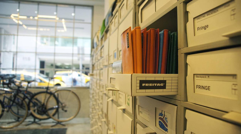 美式單車品牌 . 服飾店Nabiis :  購物中心 by 光島室內設計