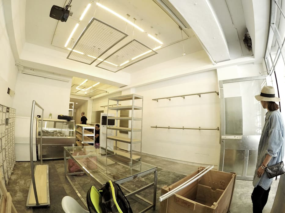 美式單車品牌 . 服飾店Nabiis :  商業空間 by 光島室內設計