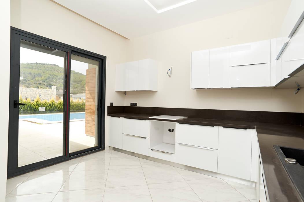 Dapur Modern Oleh NAZZ Design Studio Modern