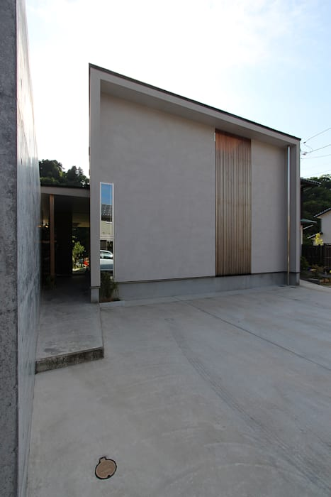 Maisons modernes par MAG + 宮徹也建築計画 Moderne Bois Effet bois