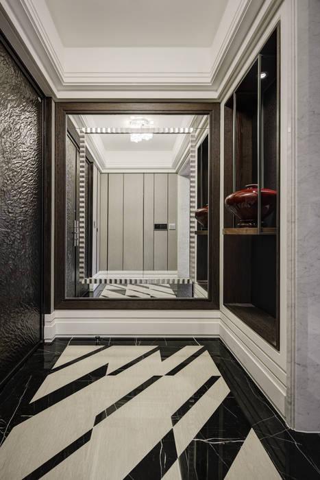 家是記憶的河:  走廊 & 玄關 by 大荷室內裝修設計工程有限公司
