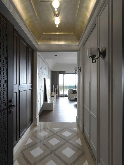 英式古典情挑 經典風格的走廊,走廊和樓梯 根據 大荷室內裝修設計工程有限公司 古典風